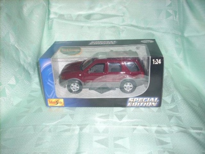Ford Escape Special Edition Maisto